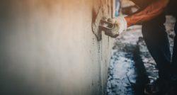 שרברב ומנעולן מומחה מתקני צינור מקצועיים עם נכונות לתת שירות מקצועי שיודעים לאתר נזילות וצנרת רקובה תוך כדי איתור הנזילות ופתיחת סתימות הביוב
