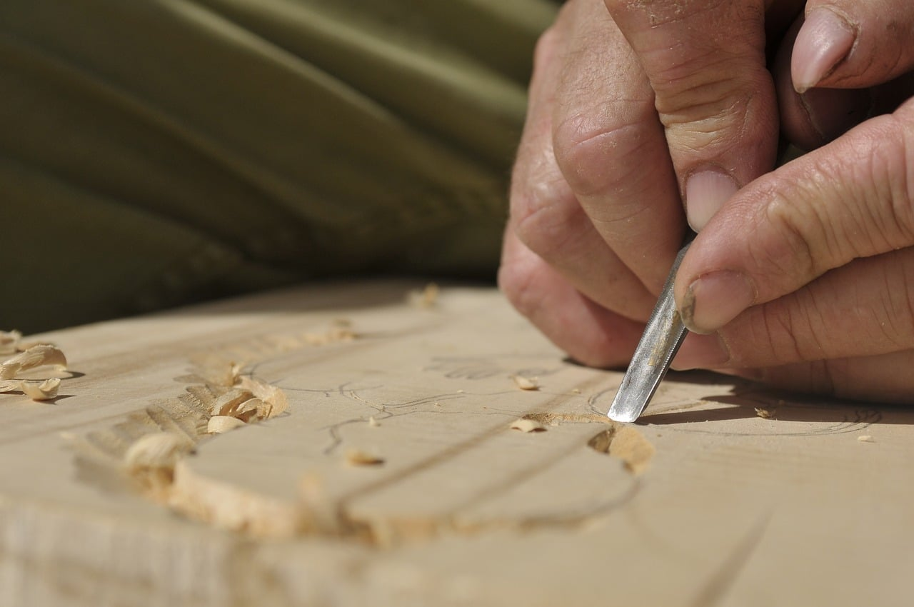 שרברב ומנעולן מומחה המנקים של האבנית בדודים מומחים בתחומם בחסות החברה שבה הם עובדים