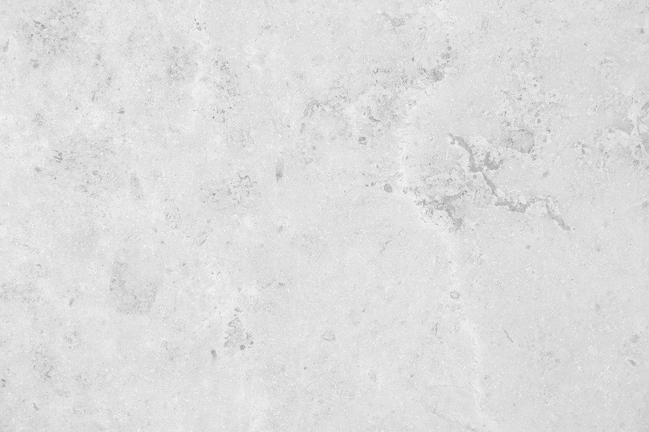 חשמלאי ושרברב פותחי הסתימות בעלי ניסיון בתחום פותחים את הסתימות באמבטיה שיודעים לתת